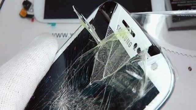 Byta glas iphone 8 stockholm