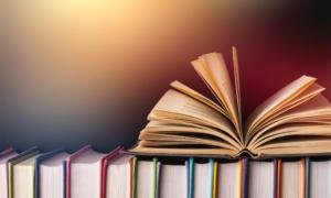 mängder av böcker